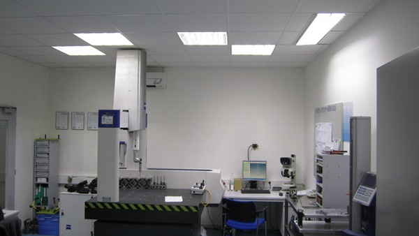 Lighting In The Novatech Cz S R O Laboratory Reference